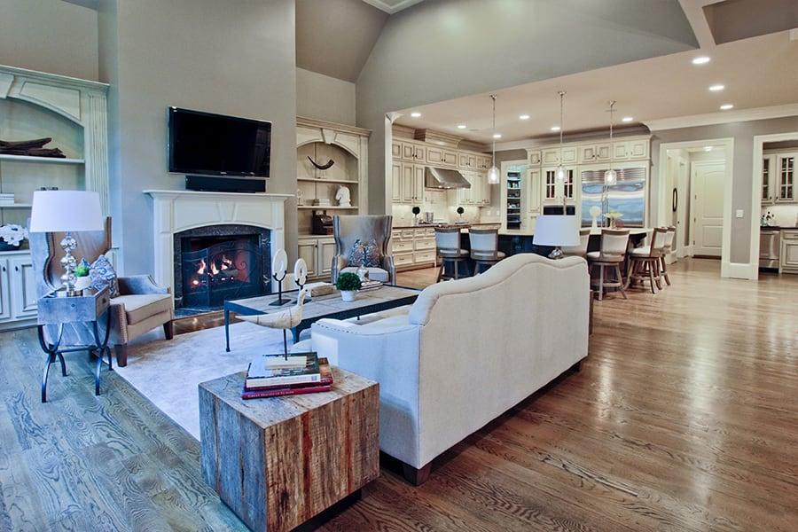 Home Staging - 4777 Lake Forest Dr