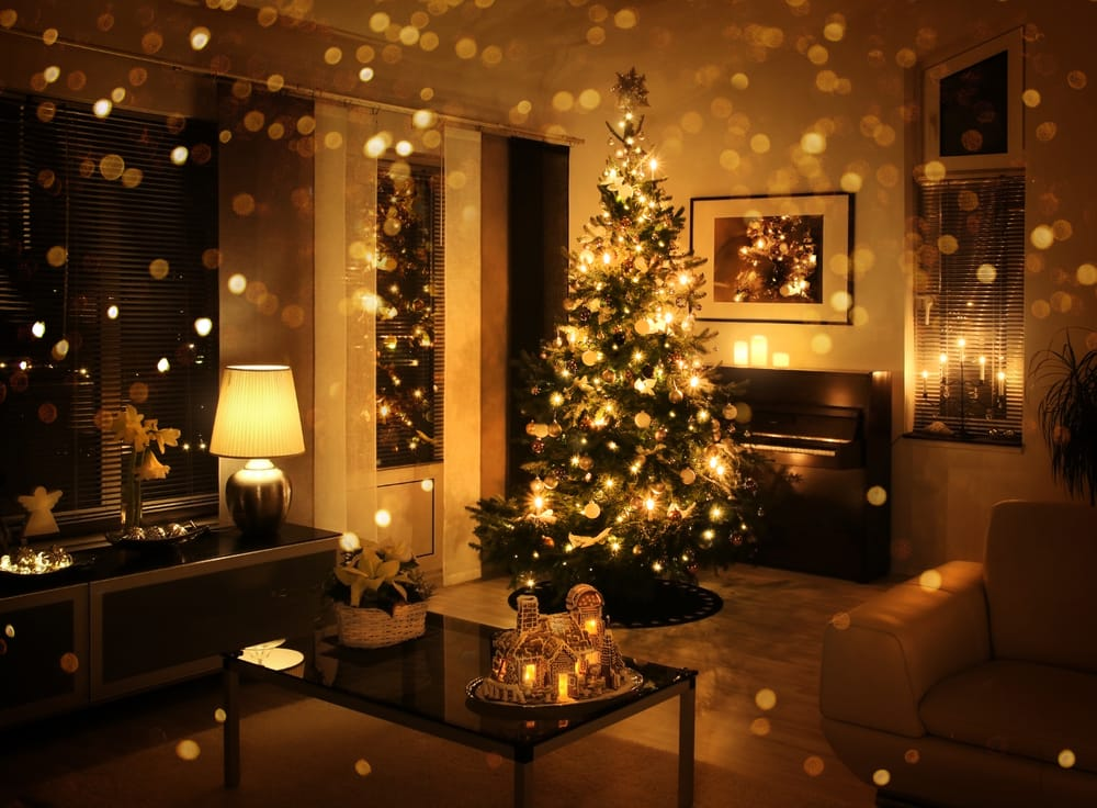 6 Tips for Energy-Efficient Holiday Decorating