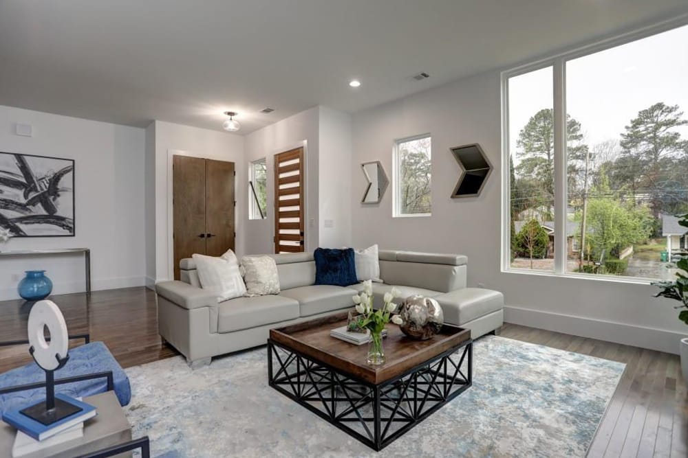 Home Staging In Atlanta, GA 5- HR Staging and Design