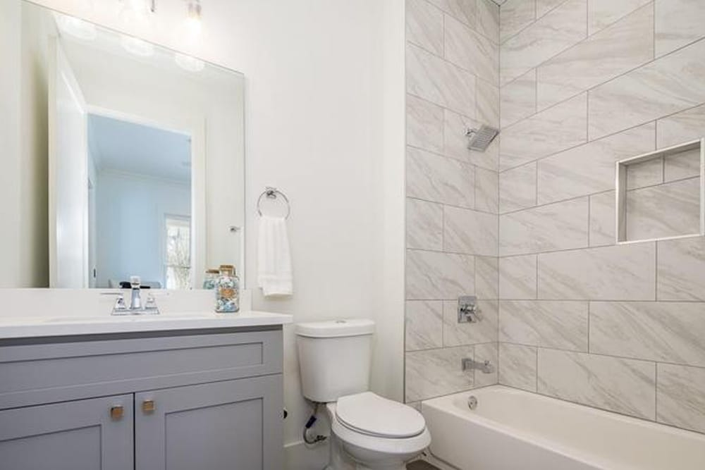 Home Staging Norcross, GA 9- HR Staging and Design