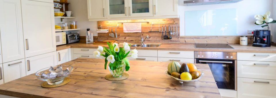 9 Cute Ways to Organize and add Decor to Your Kitchen