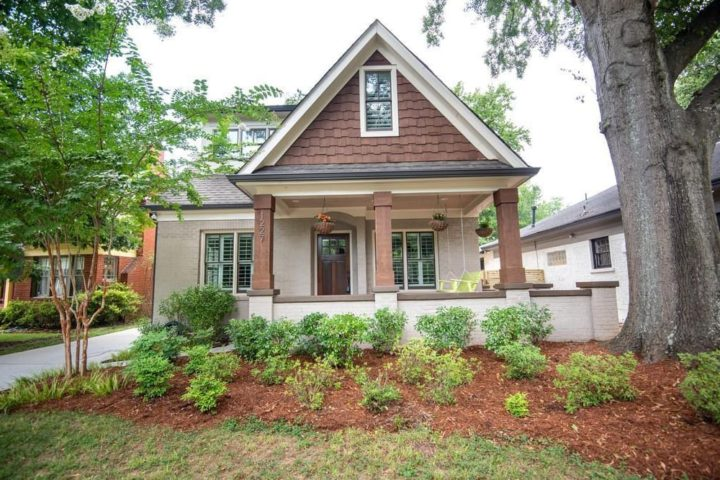 1227 Oakview Rd - Featured Image