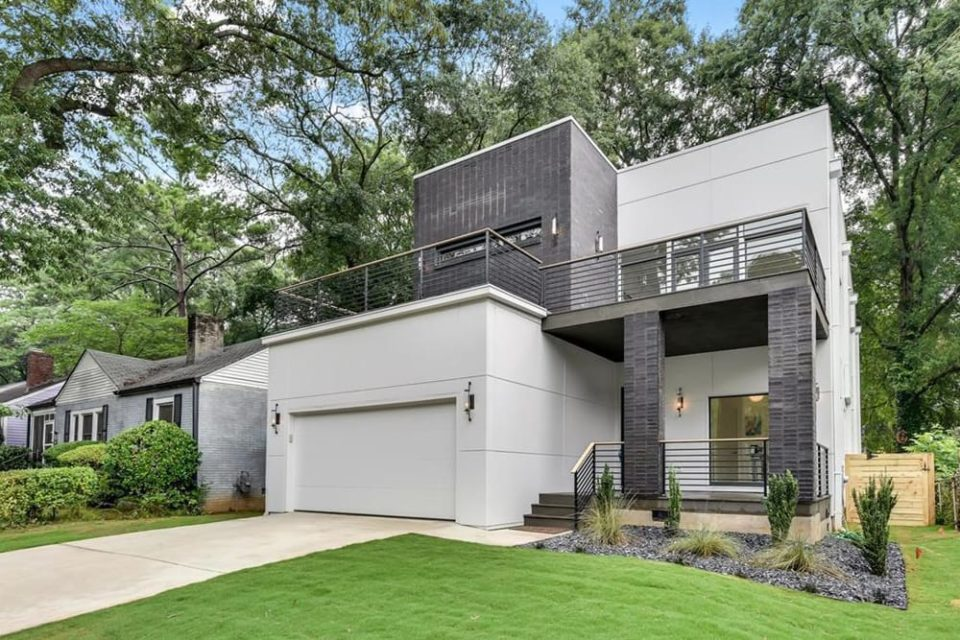 131 Sisson Ave NE Atlanta GA Featured Image