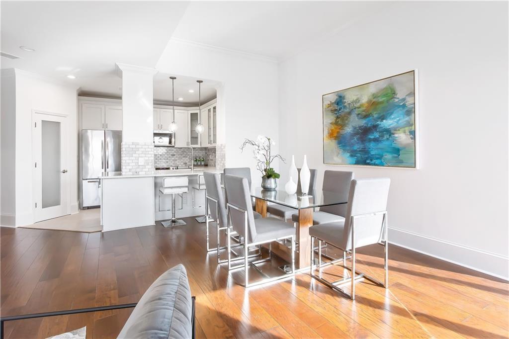 H&R Staging and Design - home staging Atlanta 3475 Oak Valley Dr 2840 Atlanta GA 30326