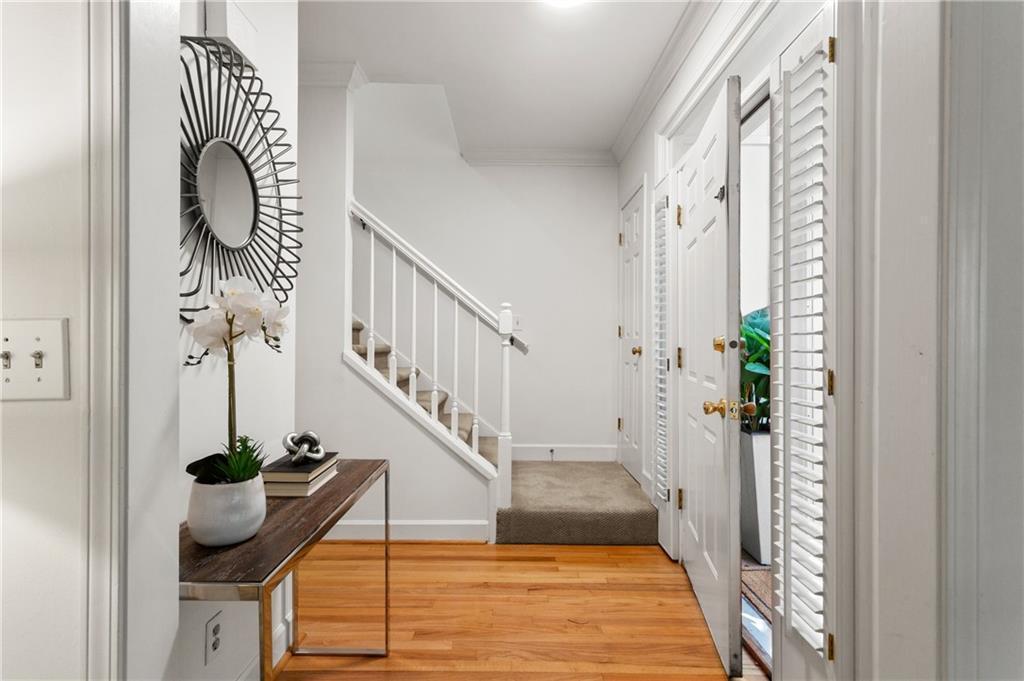 1087 High Point Dr NE Atlanta GA 30306 - Home Staging Atlanta